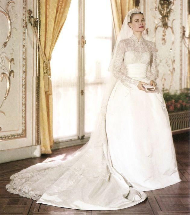 """10 thiết kế váy cưới tuyệt đẹp """"ám ảnh"""" mọi cô dâu - Ảnh 1."""