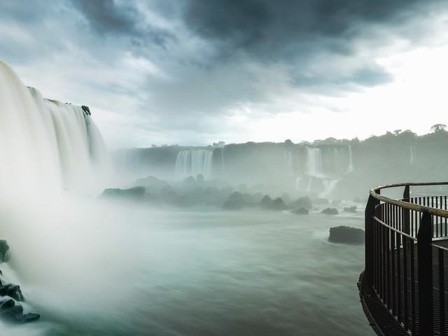 Chiêm ngưỡng vẻ đẹp kì lạ của Trái đất qua 25 bức ảnh - Ảnh 25.