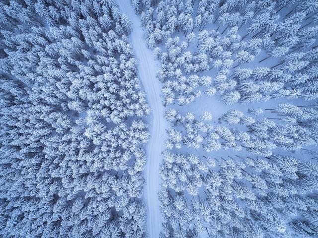 Chiêm ngưỡng vẻ đẹp kì lạ của Trái đất qua 25 bức ảnh - Ảnh 5.