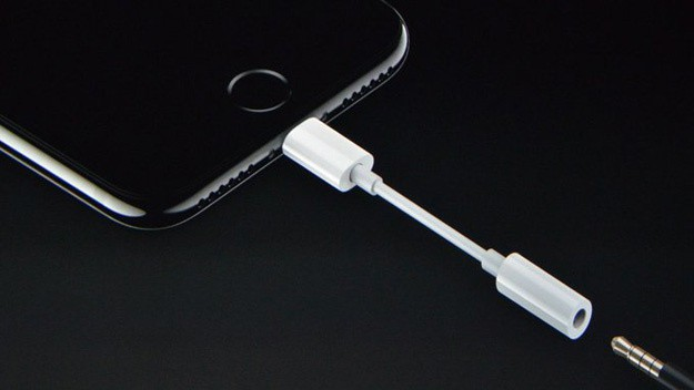 Apple có thể sẽ làm điều khủng khiếp này với iPhone 2018 - Ảnh 2.