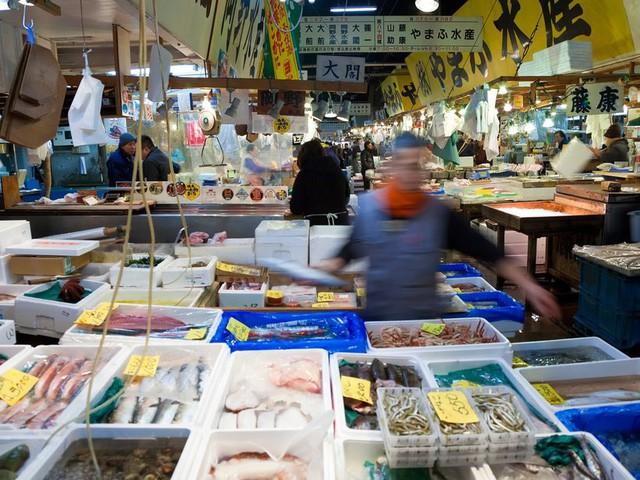 9 khu chợ nổi tiếng khắp thế giới - Ảnh 1.