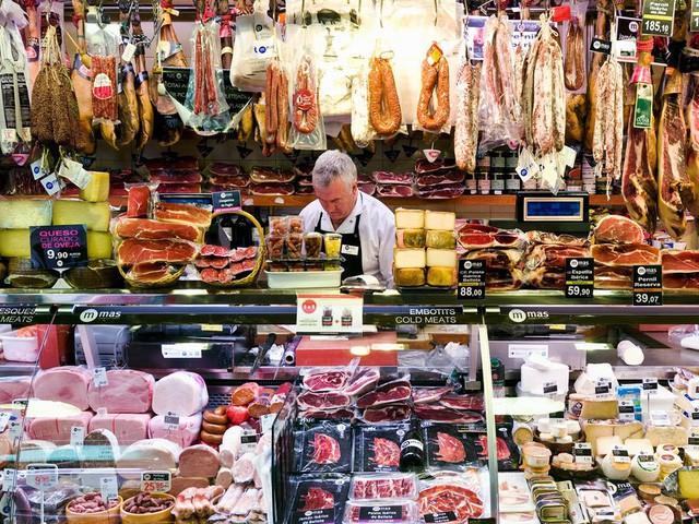 9 khu chợ nổi tiếng khắp thế giới - Ảnh 3.
