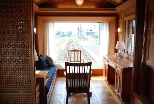 Trải nghiệm trên chuyến tàu sang chảnh nhất thế giới với giá 60 triệu đồng một đêm - Ảnh 3.