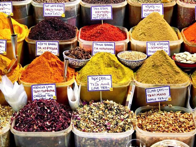 9 khu chợ nổi tiếng khắp thế giới - Ảnh 5.