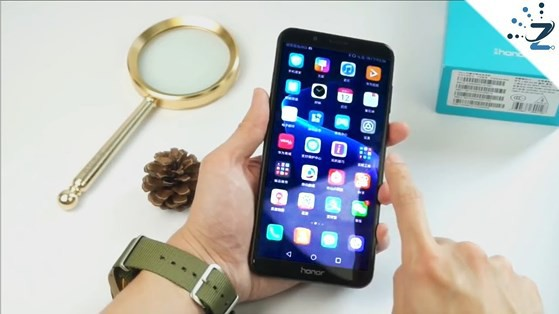 4 smartphone giá tốt có mở khóa bằng khuôn mặt - Ảnh 1.