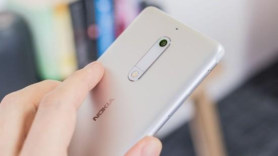 Những smartphone có giá 4 triệu đồng nên mua - Ảnh 20.