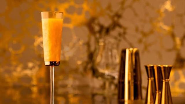 Khám phá nhà hàng chuyên dùng vàng để trang trí món ăn tại Dubai - Ảnh 4.