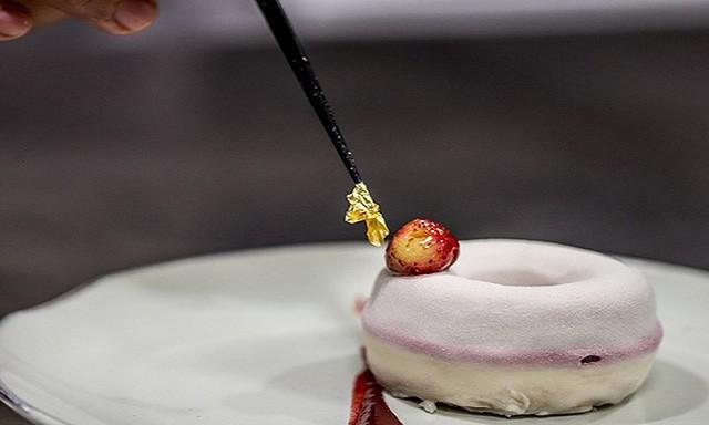 Khám phá nhà hàng chuyên dùng vàng để trang trí món ăn tại Dubai - Ảnh 5.