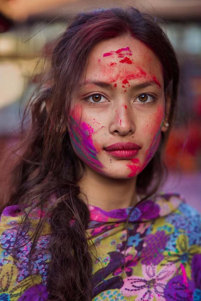 Nữ nhiếp ảnh gia đi khắp thế giới để ghi lại vẻ đẹp của người phụ nữ - Ảnh 16.