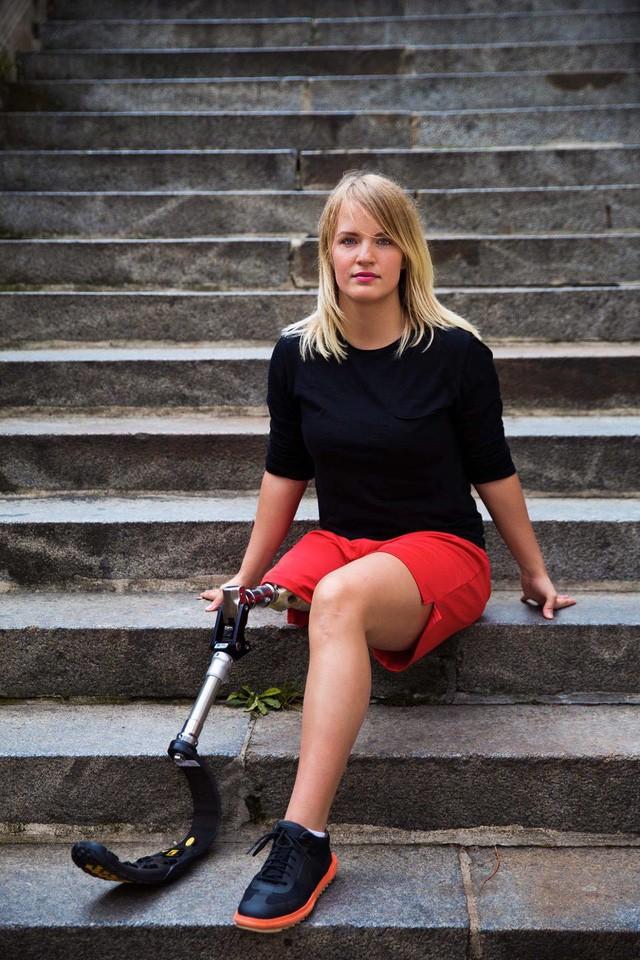 Nữ nhiếp ảnh gia đi khắp thế giới để ghi lại vẻ đẹp của người phụ nữ - Ảnh 17.