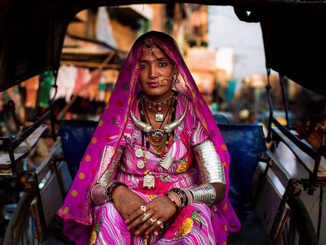 Nữ nhiếp ảnh gia đi khắp thế giới để ghi lại vẻ đẹp của người phụ nữ - Ảnh 7.