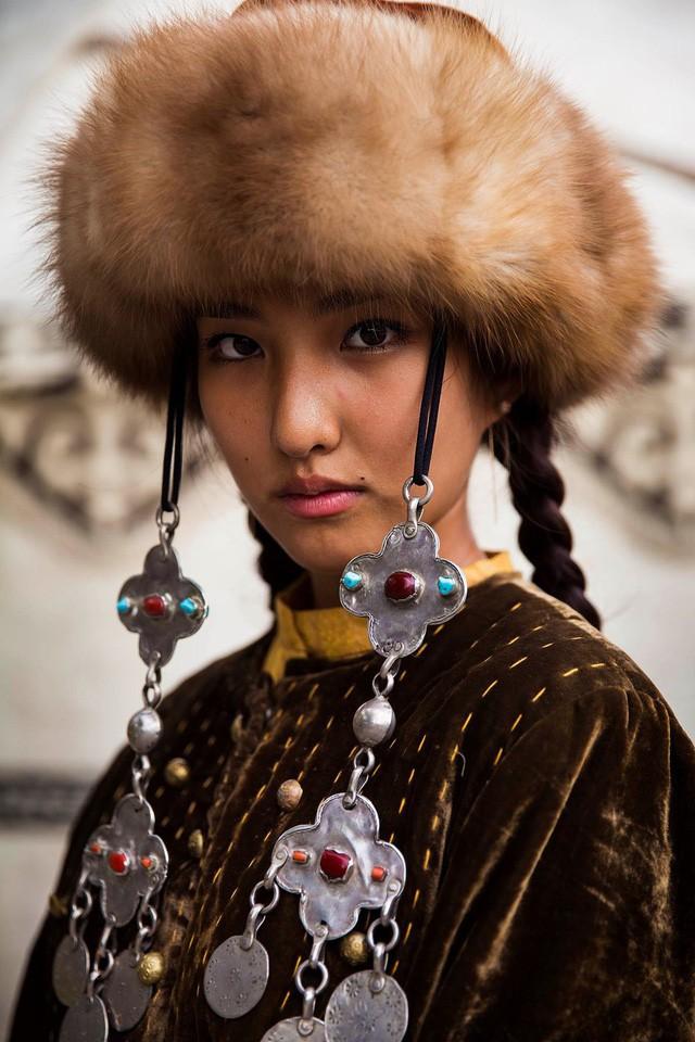 Nữ nhiếp ảnh gia đi khắp thế giới để ghi lại vẻ đẹp của người phụ nữ - Ảnh 9.