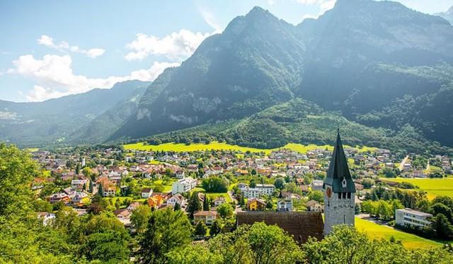 Vẻ đẹp của 10 quốc gia nhỏ nhất thế giới - Ảnh 11.