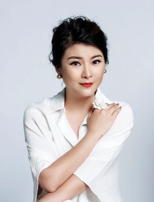 Quang Linh, NSƯT Kim Oanh làm giám khảo Gương mặt thân quen 2018 - Ảnh 1.