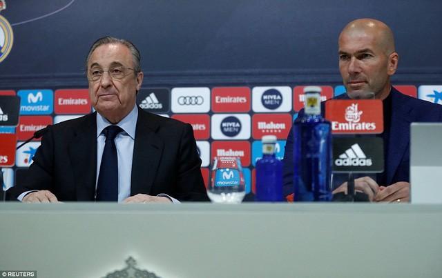 CHÍNH THỨC: Zidane tuyên bố từ chức HLV trưởng Real Madrid - Ảnh 1.
