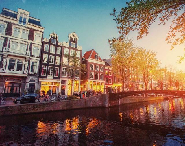 """Amsterdam - thành phố du lịch """"thoáng"""" nhất thế giới - từ giờ bớt """"thoáng"""" - Ảnh 3."""