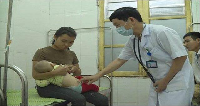 Nghệ An: Trẻ 6 tháng tuổi mắc viêm não mô cầu - Ảnh 1.