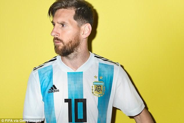 """Messi và các cầu thủ Argentina tung ảnh World Cup 2018 cực """"ngầu"""" - Ảnh 1."""