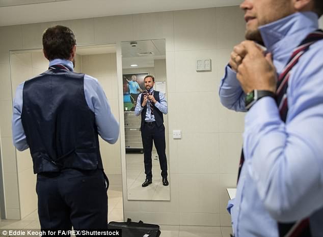 Tuyển Anh bảnh bao, sẵn sàng xung trận tại World Cup 2018 - Ảnh 6.