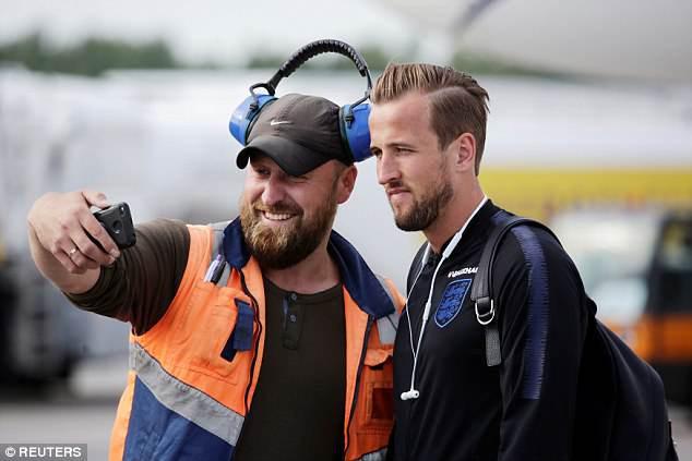Tuyển Anh bảnh bao, sẵn sàng xung trận tại World Cup 2018 - Ảnh 2.
