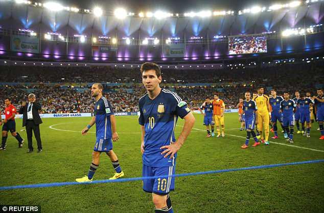 Ronaldo - Messi tại World Cup: Ai hơn ai? - Ảnh 8.