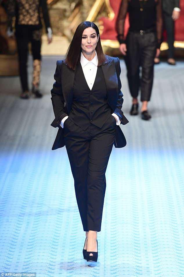 Dàn mẫu nữ U50 hội tụ trong show dành cho nam giới của Dolce & Gabbana - Ảnh 3.