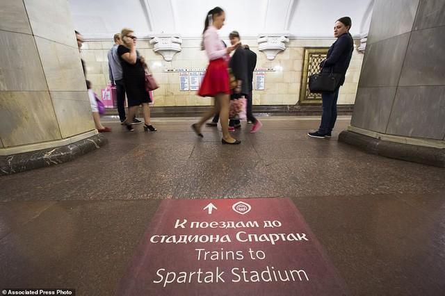 """Nga tự hào với """"cung điện ngầm"""" lộng lẫy nguy nga dưới lòng đất - Ảnh 4."""