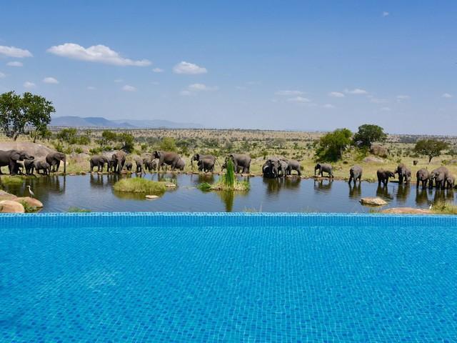 10 bể bơi vô cực hút hồn du khách - Ảnh 1.