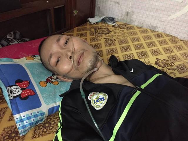 Bị xẹp phổi, chàng trai trẻ chấp nhận chết vì không còn tiền đi bệnh viện - Ảnh 1.