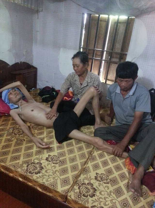 Bị xẹp phổi, chàng trai trẻ chấp nhận chết vì không còn tiền đi bệnh viện - Ảnh 6.