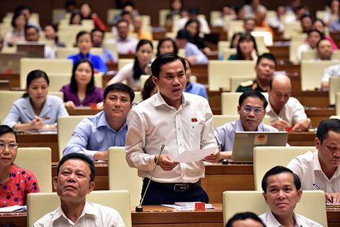 TRỰC TIẾP: Bộ trưởng Bộ Tài nguyên và Môi trường Trần Hồng Hà trả lời chất vấn - Ảnh 2.