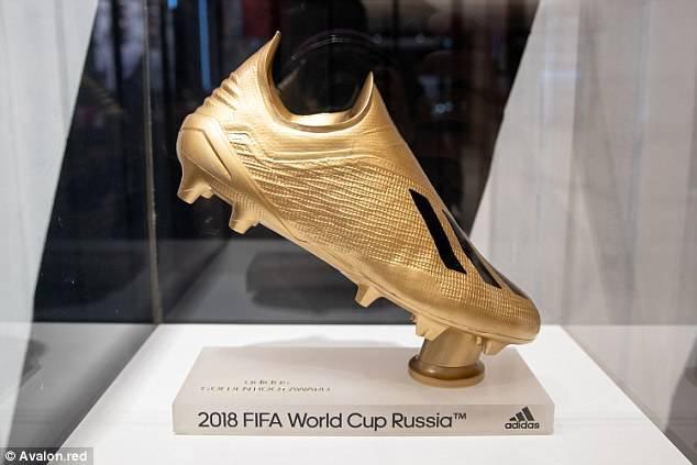 Lộ Giày vàng World Cup 2018, Messi và Neymar háo hức nhất - Ảnh 1.