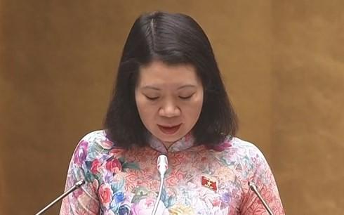 Bộ trưởng Bộ Giáo dục Phùng Xuân Nhạ: Học phí Đại học thấp khó mong đợi chất lượng đào tạo cao - Ảnh 1.