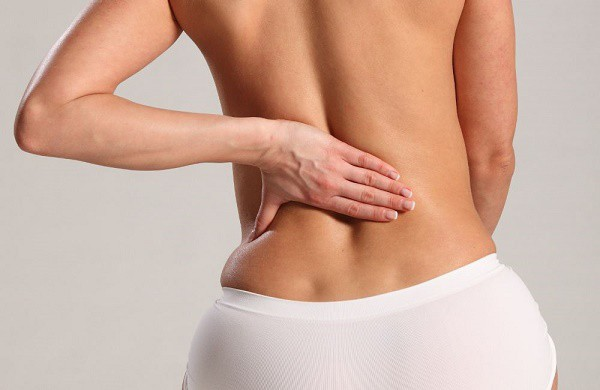 Đau lưng - dấu hiệu bệnh ung thư vú ít người biết - Ảnh 2.