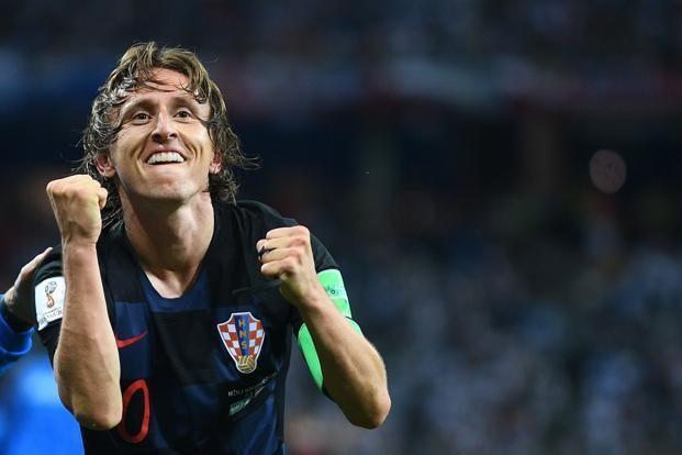 Modric là tiền vệ xuất sắc nhất thế giới - Ảnh 1.