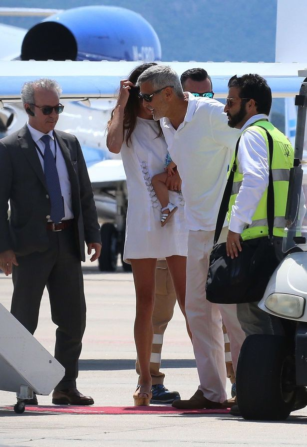 pay-hollywood-actor-george-clooney-and-amal-leaving-sardinia-15314909517831761565332.jpg