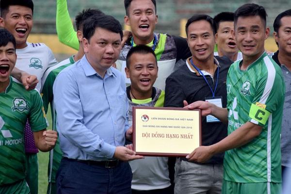 Thắng luân lưu nghẹt thở, Phù Đổng FC thăng hạng Nhất mùa bóng 2019 - Ảnh 3.