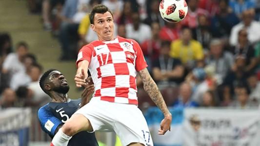 Pháp vô địch: HLV Deschamps làm nên lịch sử, Mbappe xứng danh tiểu Pele và tuyệt vời tinh thần Croatia  - Ảnh 3.