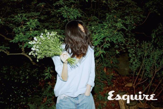 Kim Go Eun tự tin khoe mặt mộc trong bộ ảnh mới - Ảnh 2.