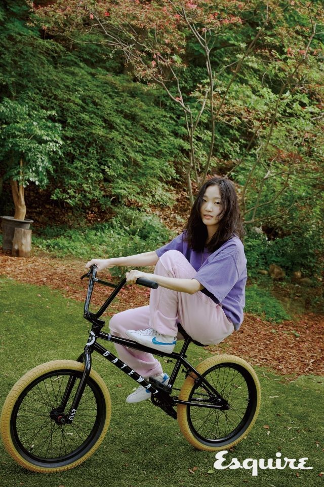 Kim Go Eun tự tin khoe mặt mộc trong bộ ảnh mới - Ảnh 3.