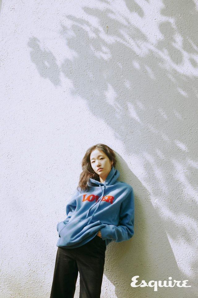 Kim Go Eun tự tin khoe mặt mộc trong bộ ảnh mới - Ảnh 6.