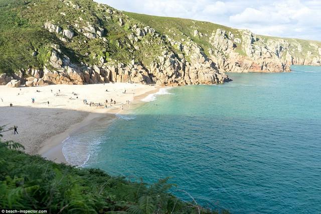 Bạn có biết đâu là những bãi biển đẹp nhất thế giới? - Ảnh 1.