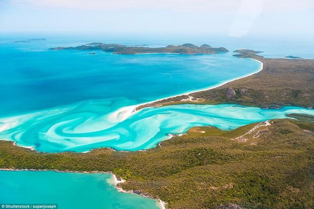 Bạn có biết đâu là những bãi biển đẹp nhất thế giới? - Ảnh 2.