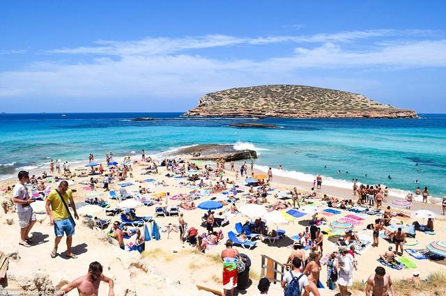 Bạn có biết đâu là những bãi biển đẹp nhất thế giới? - Ảnh 15.