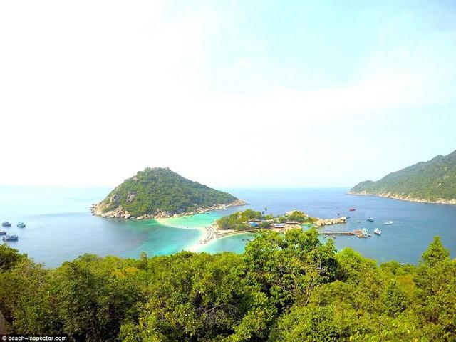 Bạn có biết đâu là những bãi biển đẹp nhất thế giới? - Ảnh 3.