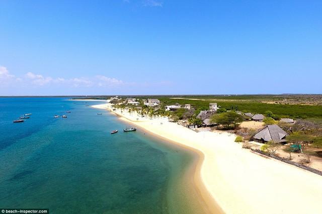 Bạn có biết đâu là những bãi biển đẹp nhất thế giới? - Ảnh 4.