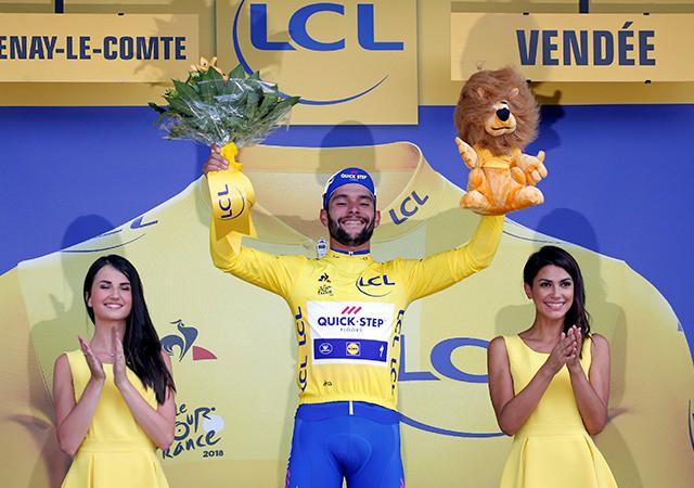 Fernando Gaviria giành áo vàng chặng 1 Tour De France 2018 - Ảnh 3.