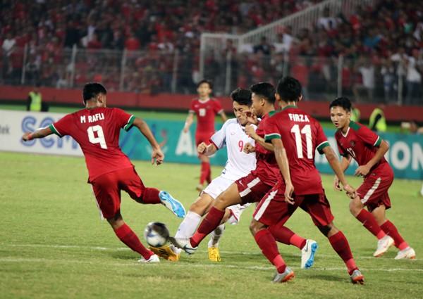 Thua Indonesia 0-1, U19 Việt Nam hẹp cửa đi tiếp tại giải U19 AFF 2018 - Ảnh 1.