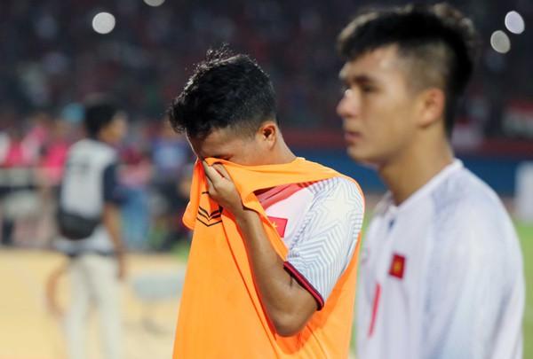 Thua Indonesia 0-1, U19 Việt Nam hẹp cửa đi tiếp tại giải U19 AFF 2018 - Ảnh 2.