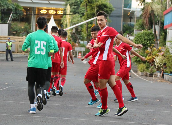 U19 Việt Nam chấn chỉnh tinh thần, lực lượng chuẩn bị cho trận cuối cùng tại bảng A - Ảnh 2.